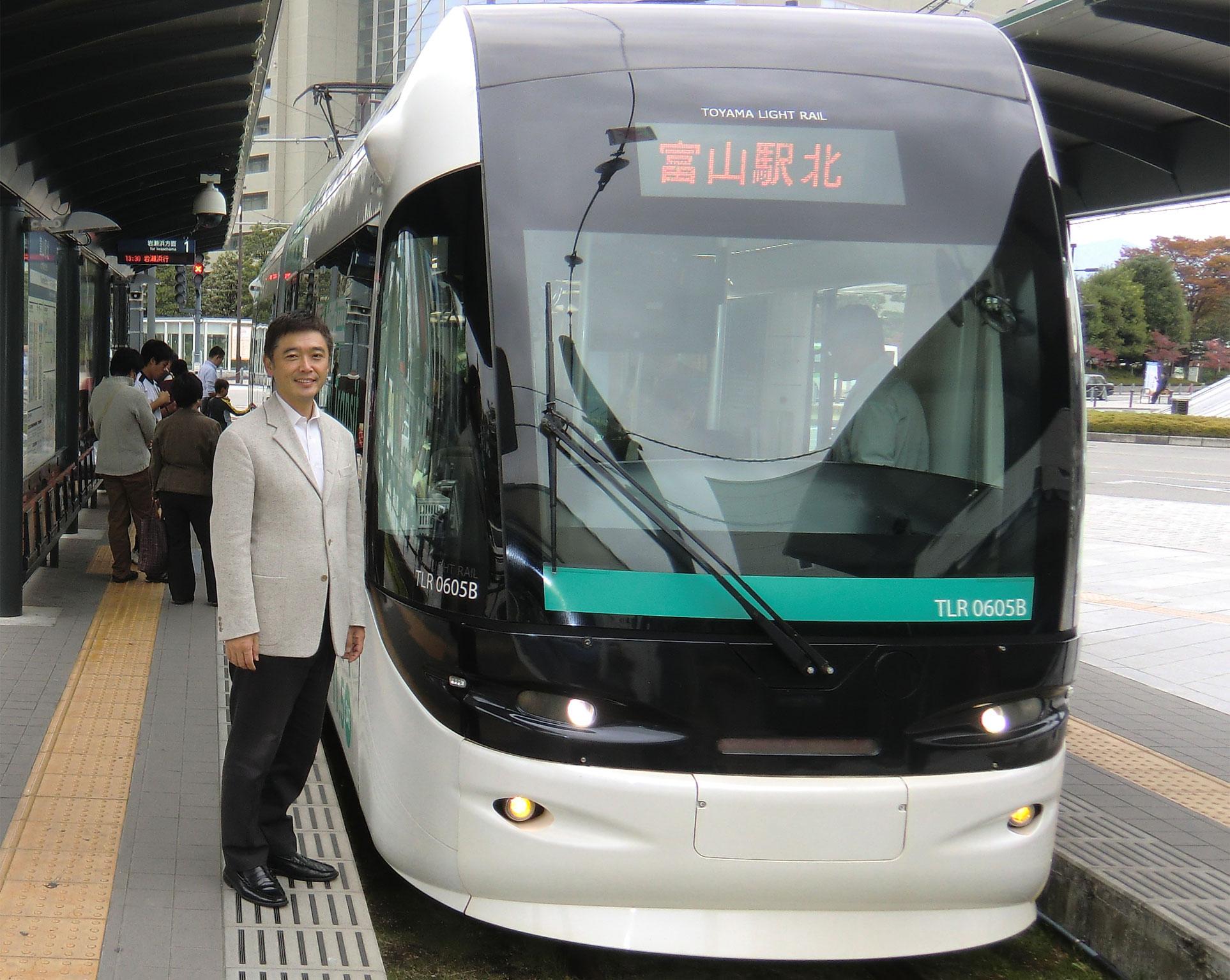富山市のLRT、こんなバリアフリーの低床車両を新金線に走らせたい!